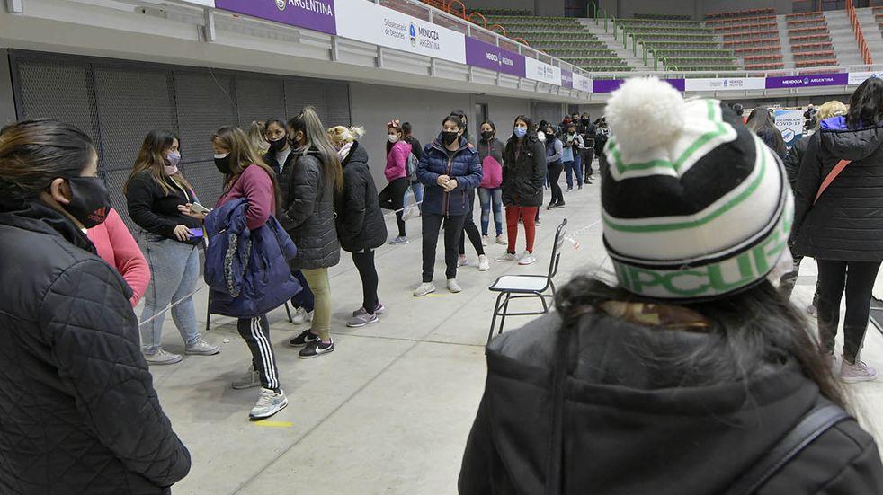 Coronavirus en Mendoza: 489 recuperados y 352 casos nuevos