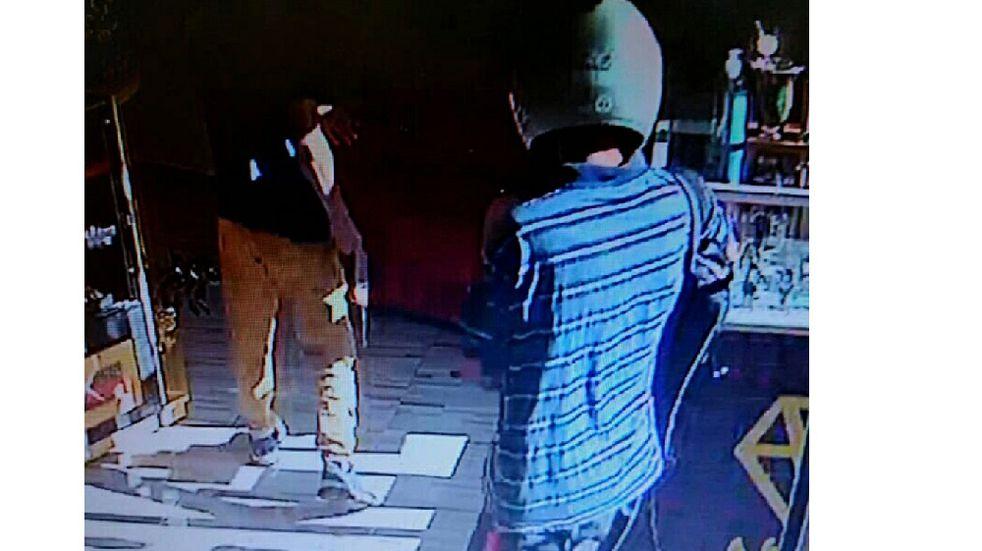 San Vicente: cuatro asaltantes robaron una joyería