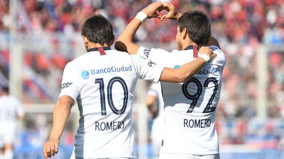 Los hermanos Romero dejaron el país tras despedirse de sus compañeros de San Lorenzo por WhatsApp
