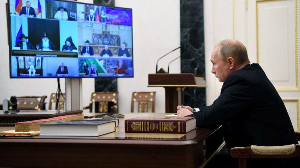 Alberto Fernández debatió con Vladimir Putin sobre la vacuna contra el coronavirus