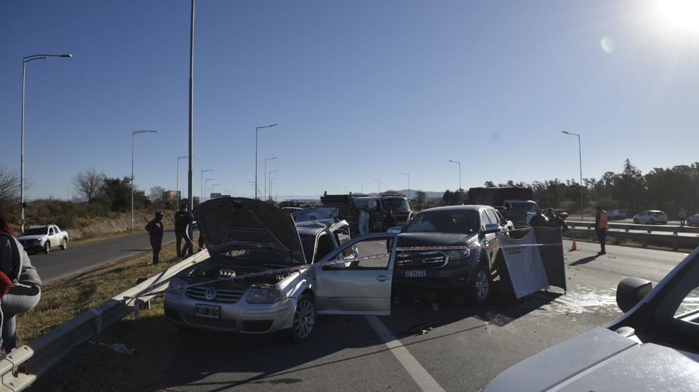 Autopista Córdoba - Carlos Paz: una mujer murió atropellada