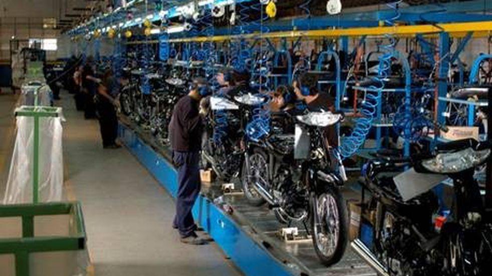 Unos 80 trabajadores de Motomel aceptaron el retiro voluntario por la crisis del sector