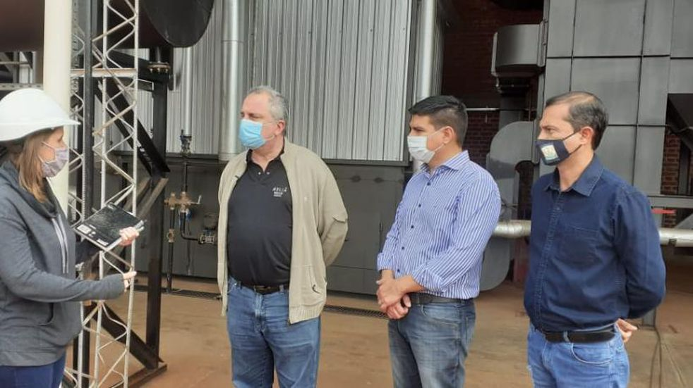 Autoridades visitaron un nuevo aserradero en Colonia Victoria