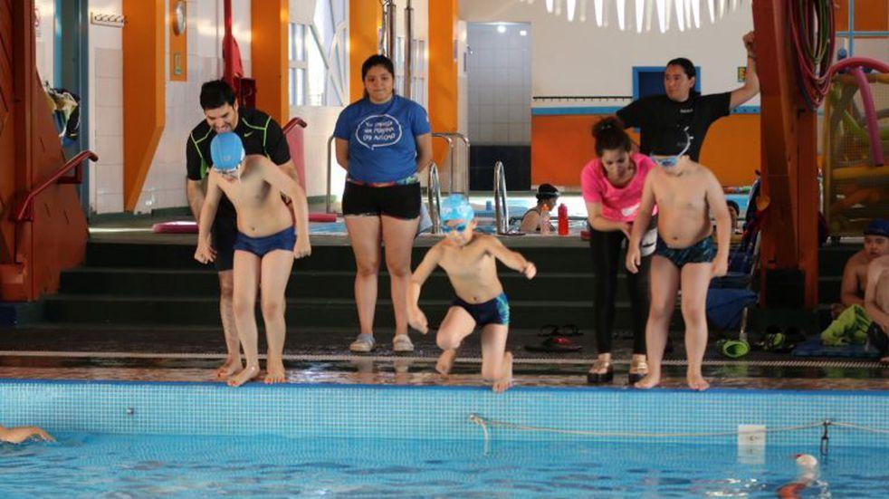 La Liga de deporte adaptado tuvo su primer torneo de natación del año