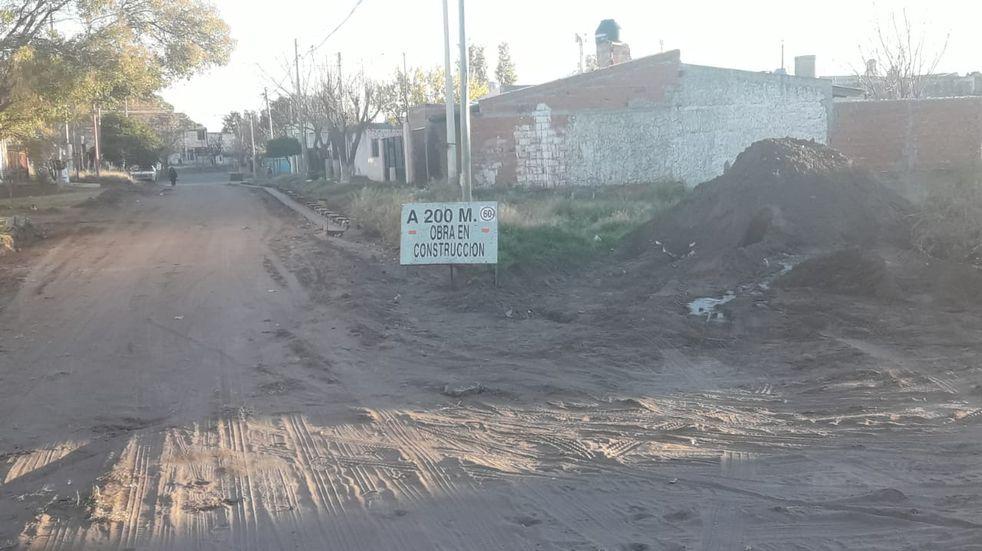 Comenzaron los trabajos para pavimentar calles en el barrio Nueva Bahía
