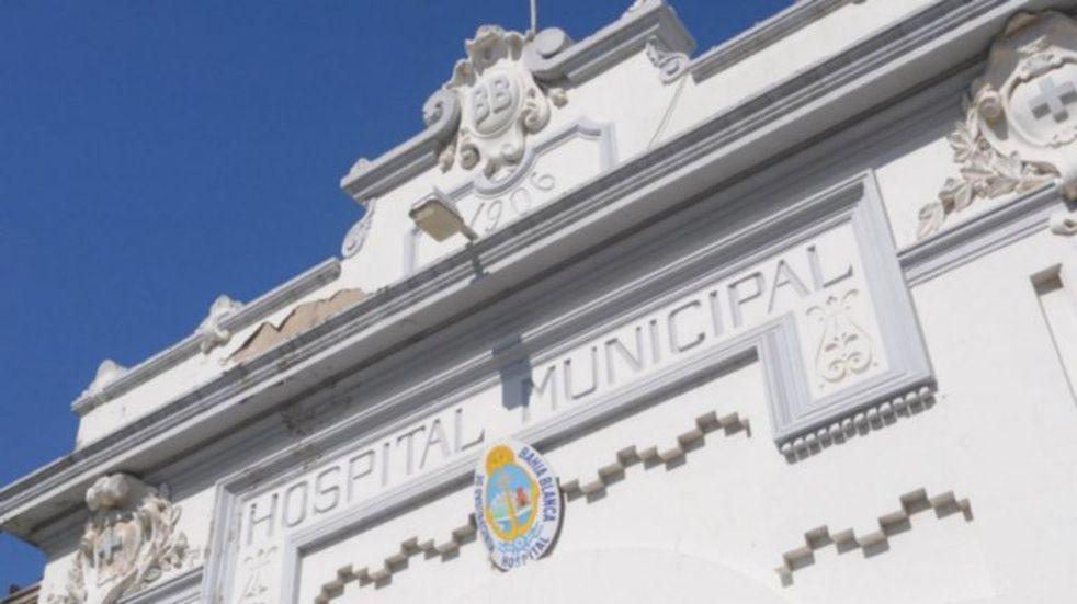 El Hospital Municipal bahiense busca médicos y enfermeros