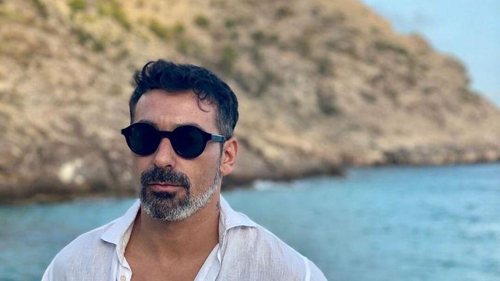 Pocho Lavezzi: vino, empanadas y playa con su despampanante novia