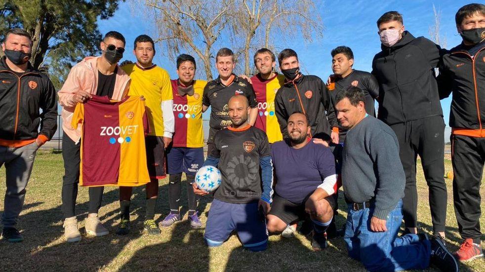 Jugadores de Colón se sumaron al entrenamiento de Los Búhos