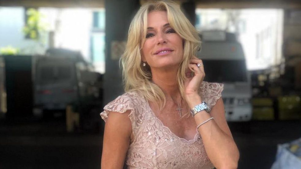 "¡Escrachada! Pescaron a Yanina Latorre criticando a ""Mamushka"", el nuevo programa de Mariana Fabbiani"