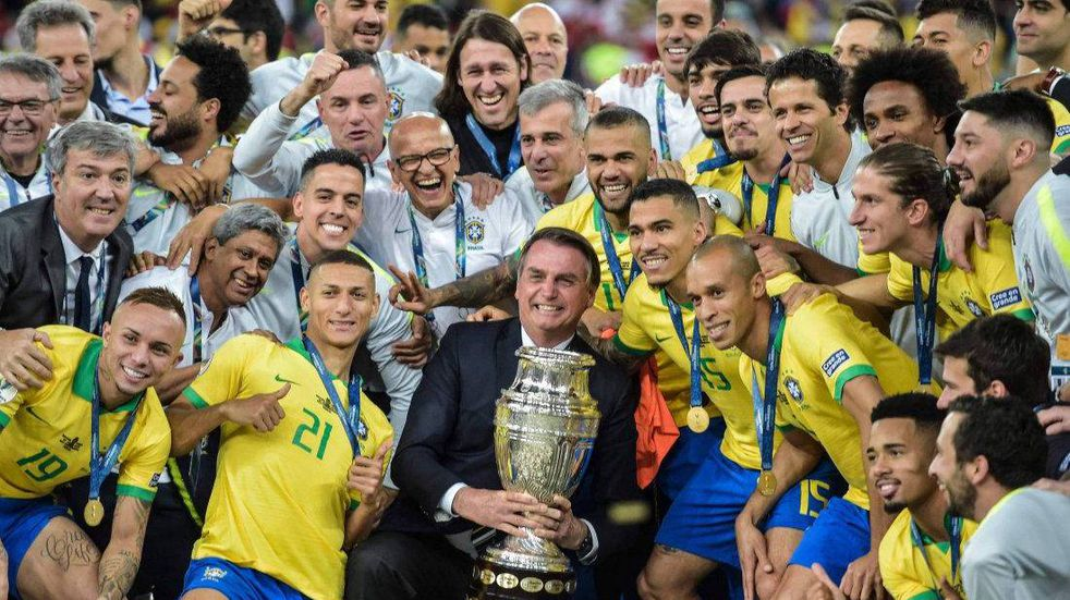 Copa América en Brasil: Jair Bolsonaro confirmó las sedes