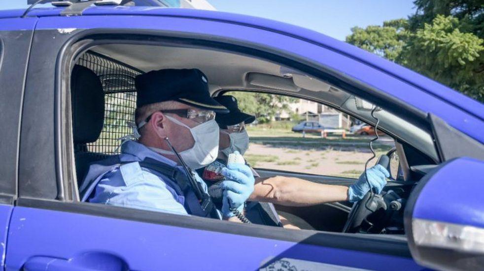 Coronavirus: la ruta del policía lleva a 6 nuevos casos