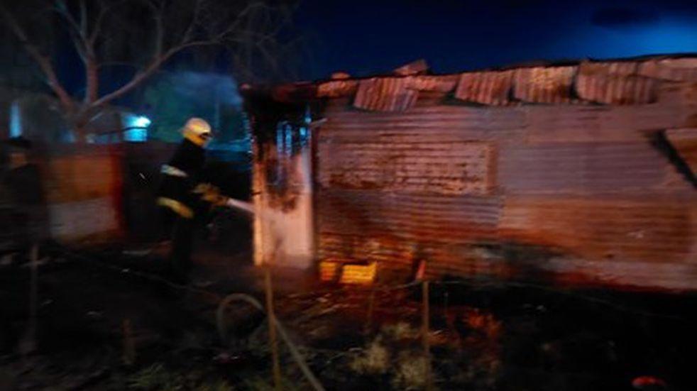 Se incendió una humilde vivienda en Bahía Blanca