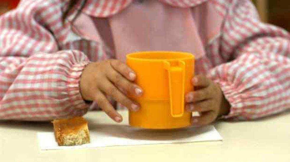 Copa de Leche: una maestra asegura que los chicos llegan con dolor de panza a causa del hambre