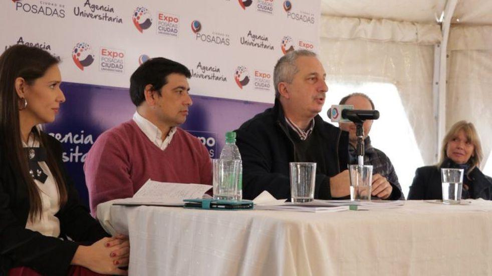 El gobernador Passalacqua avaló la defensa de la universidad pública