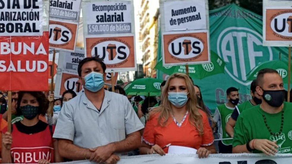 """UTS pide """"cambiar la política sanitaria"""" ante la muerte de trabajadores de la salud"""