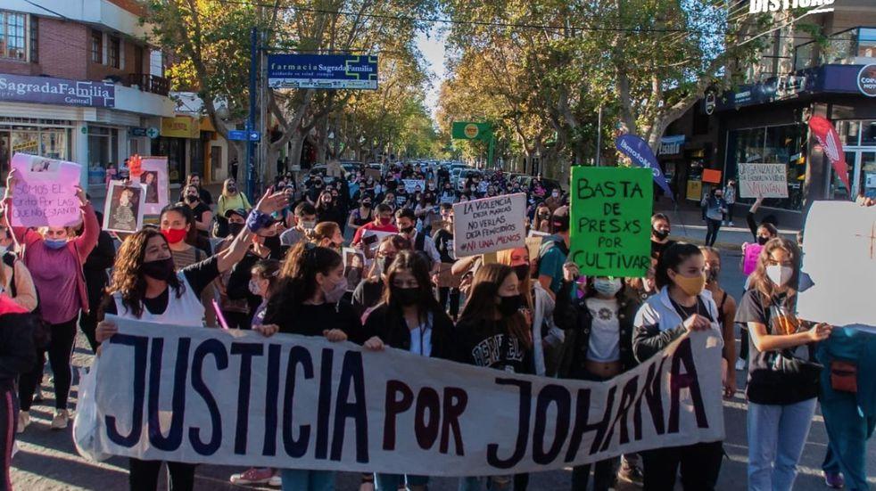 Femicidio: San Luis y Villa Mercedes pidieron justicia por el crimen de Johana Galdeano