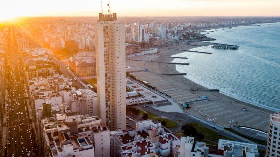 Postales que son la marca registrada de Mar del Plata, ayer y hoy