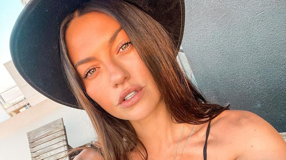 "Sofía ""Jujuy"" Jiménez impactó con una bikini tiro alto y sin corpiño"