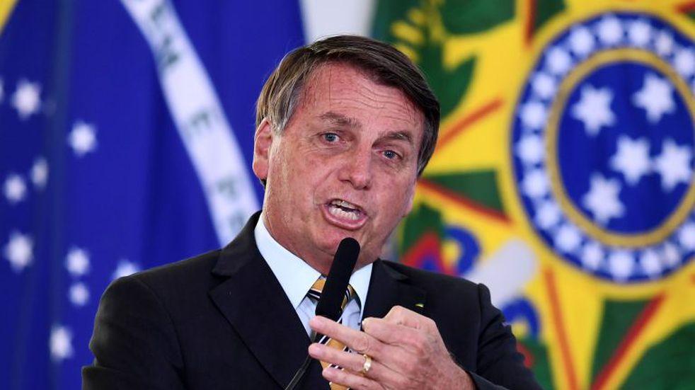 """Jair Bolsonaro: """"Tenemos que dejar de ser un país de maricas"""", sobre el temor del coronavirus"""