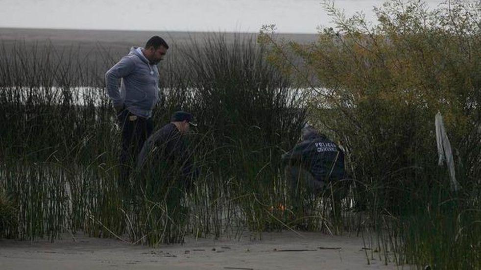 Los restos hallados en Punta Lara pertenecen a una niña de entre 5 y 6 años