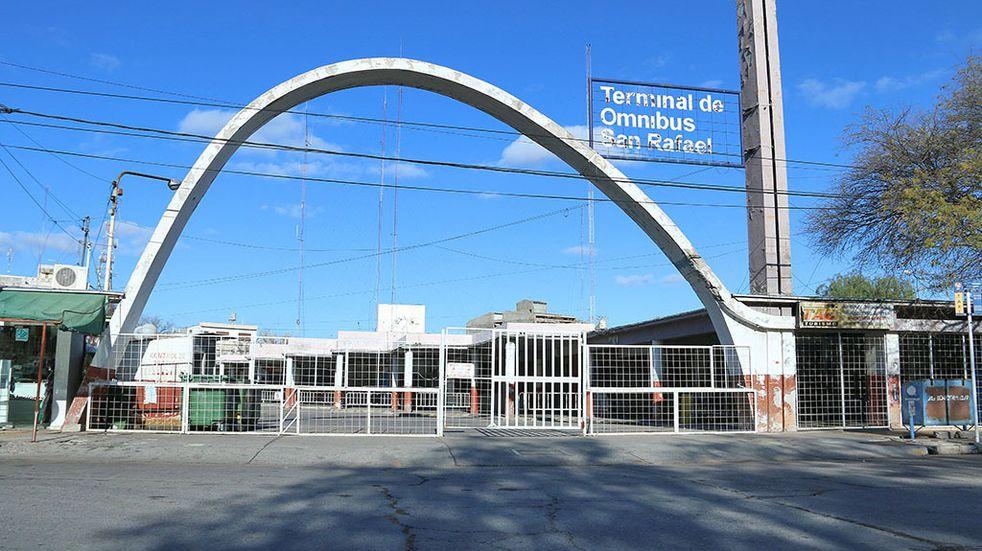 La Comuna y el Colegio de Arquitectos estudian los proyectos para refuncionalizar la vieja terminal de San Rafael