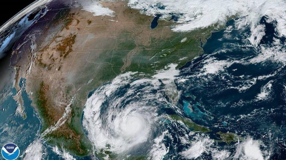 El huracán Delta entró al Golfo de México luego de cruzar Yucatán