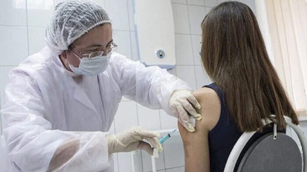 Desde el viernes los mayores de 30 podrán sacar turno para la inmunización contra el Covid-19
