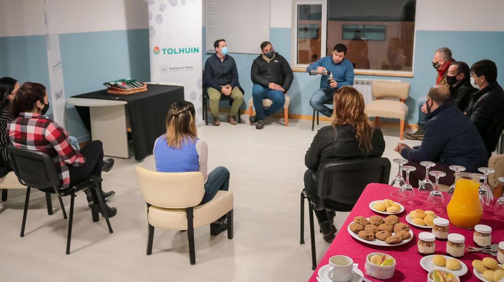 Tolhuin: el Municipio agasajó a los y las periodistas locales en su día