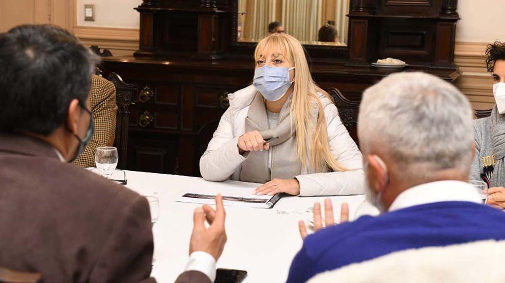 """Rossana Chahla: """"Queremos que la gente se coloque la segunda dosis"""""""