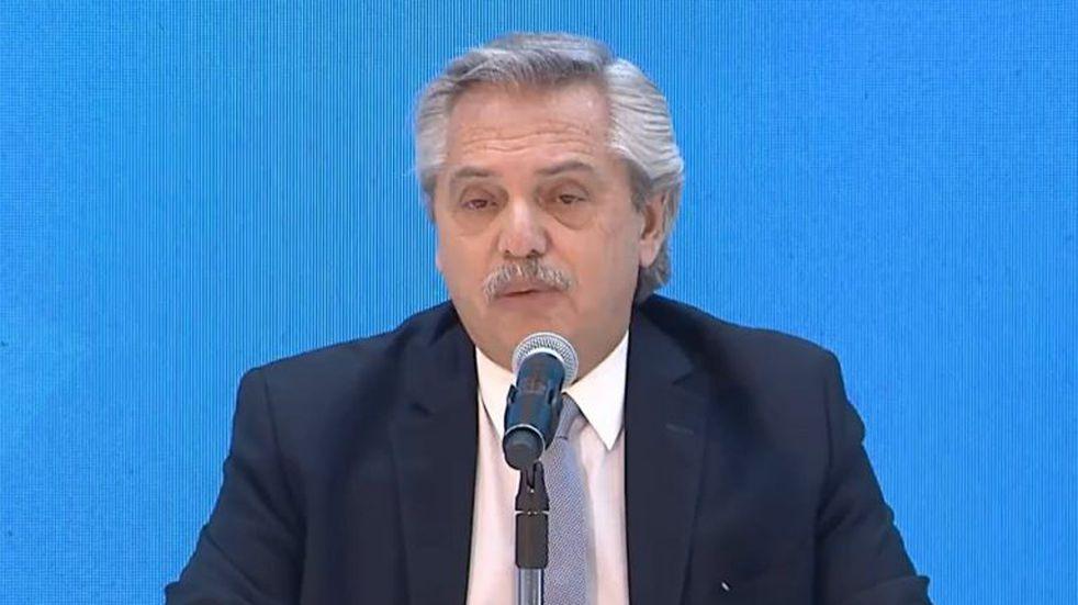 """Alberto Fernández habló del dólar: """"Devaluar es muy fácil, pero es una máquina de generar pobreza"""""""