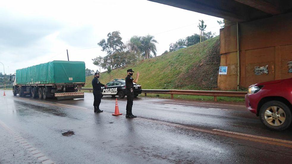 Se llevaron adelante operativos de seguridad vial en Oberá