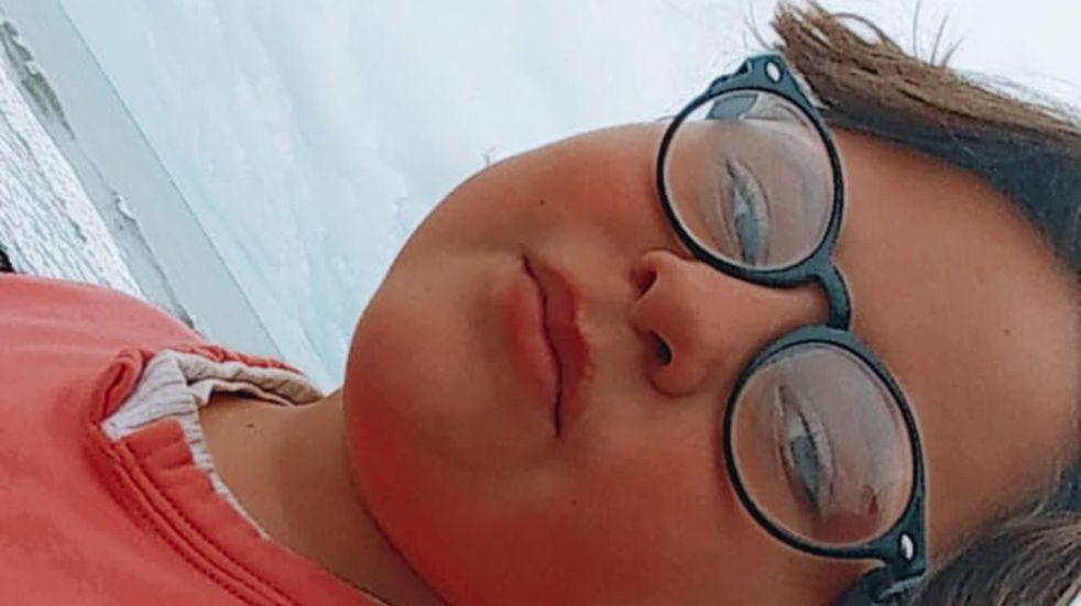 Le descubrieron una enfermedad en los ojos y puede perder la vista: necesita 1.600 dólares para la operación