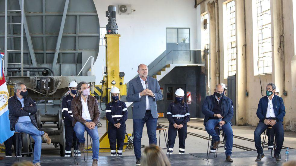 """Para Perotti, """"la renovación del ferrocarril habla de un proyecto de desarrollo para el país"""""""
