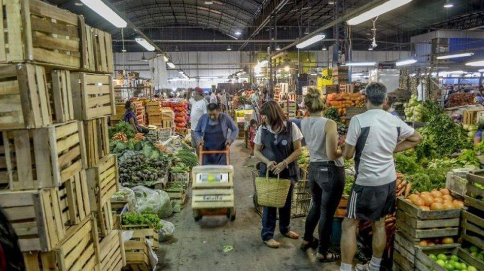 Exigirán carnet de vacunación a los trabajadores del Mercado Cofruthos