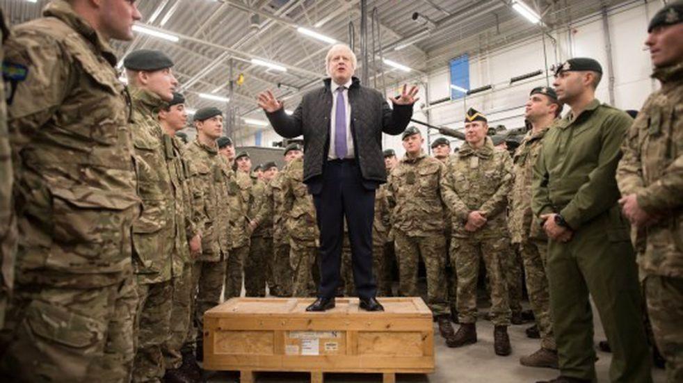 Posible despliegue de tropas inglesas a Malvinas