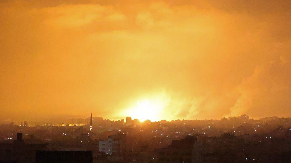 Franja de Gaza: Israel lanzó una ofensiva vía terrestre y aérea