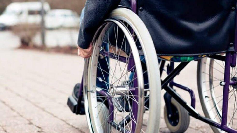 Una chica discapacitada murió por desnutrición y detienen a la madre