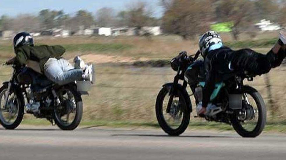 Picadas de moto en plena cuarentena y a la luz del día