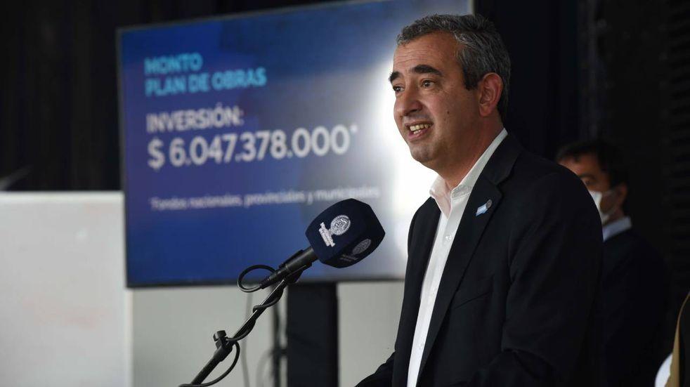 Pablo Javkin prometió la pavimentación de más de 4.000 cuadras