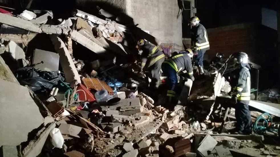 Lomas de Zamora: se derrumbó una casa y dos mujeres murieron