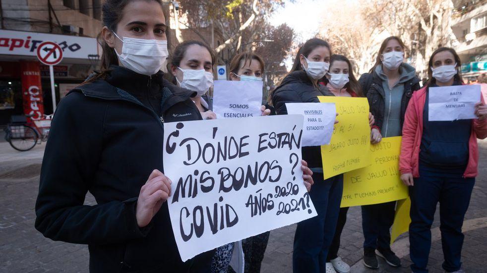 Los trabajadores de la Salud de Mendoza cobrarán un bono de 28 mil pesos por su trabajo en pandemia