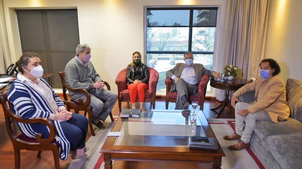 Jaldo se reunió con su reemplazo en la lista oficialista a Diputado Nacional.