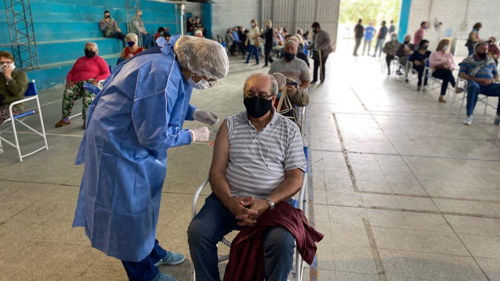 Vacunación en Río Cuarto: quienes perdieron el turno deben concurrir al Polideportivo