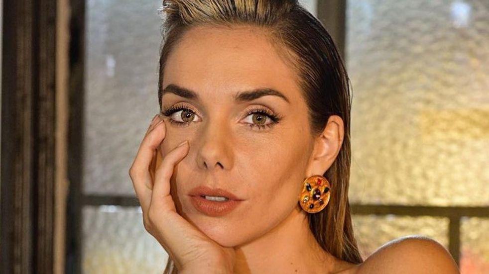 Julieta Nair Calvo posó con un top deportivo que impactó en redes