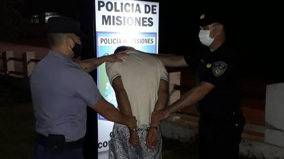 Colonia Aurora: detienen a dos personas por robar una maquinaria agrícola