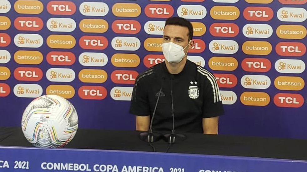 """Scaloni, en la previa del duelo ante Colombia: """"Estamos todos con una ilusión bárbara"""""""
