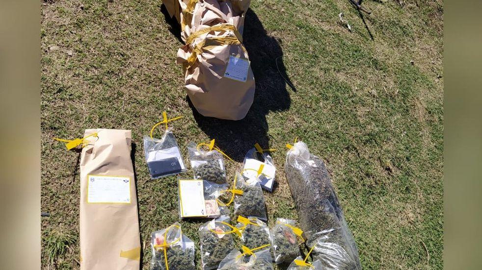 Secuestran más de 1 kilo y medio de cogollos de marihuana de un domicilio en Bialet Massé