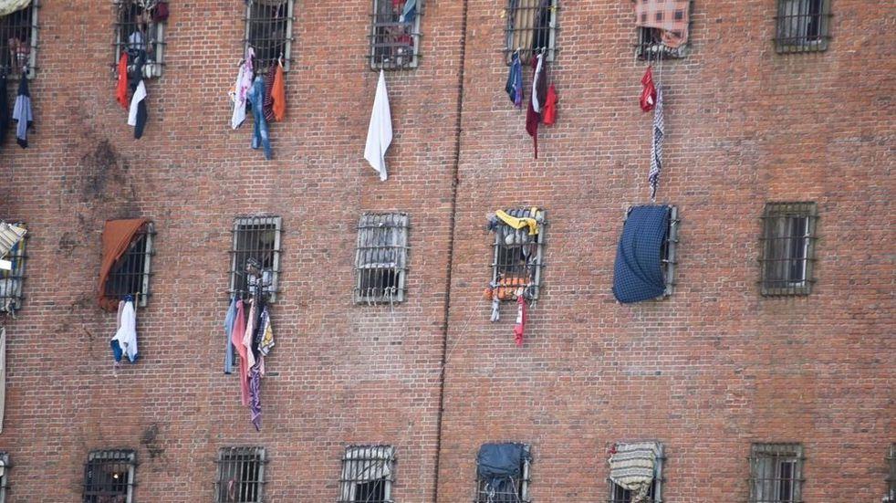 Uruguay: desde la cárcel se hizo pasar por un fiscal y logró que detuvieran a su expareja