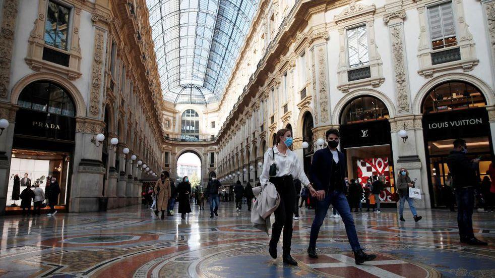 Coronavirus en Italia: ya no será obligatorio usar mascarilla al aire libre