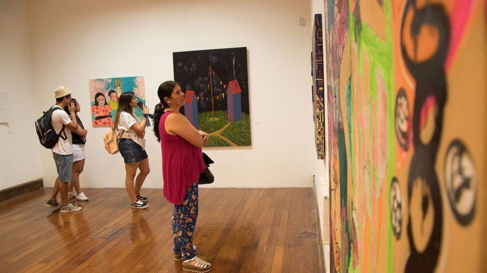 Es un catálogo que uno puede observar desde la comodidad de su casa, sin necesidad de trasladarse a una galería de arte. (Imagen ilustrativa).